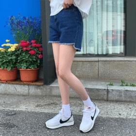 Joey Unfoot Cut Shorts