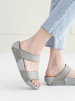 Soft wedge slippers 4 cm