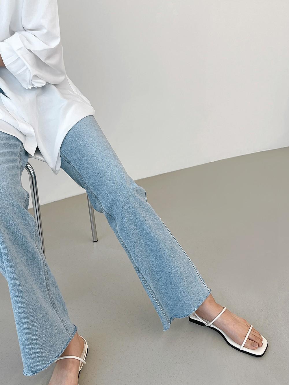 cien strap sandals
