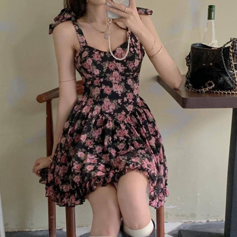 Lovely Pink Rose Shoulder Strap Ribbon Dress