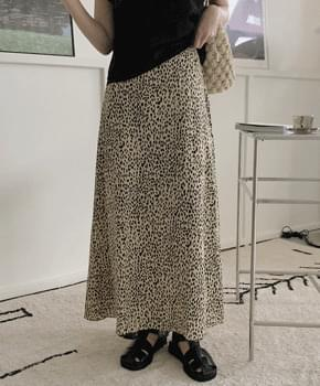 molby leopard skirt