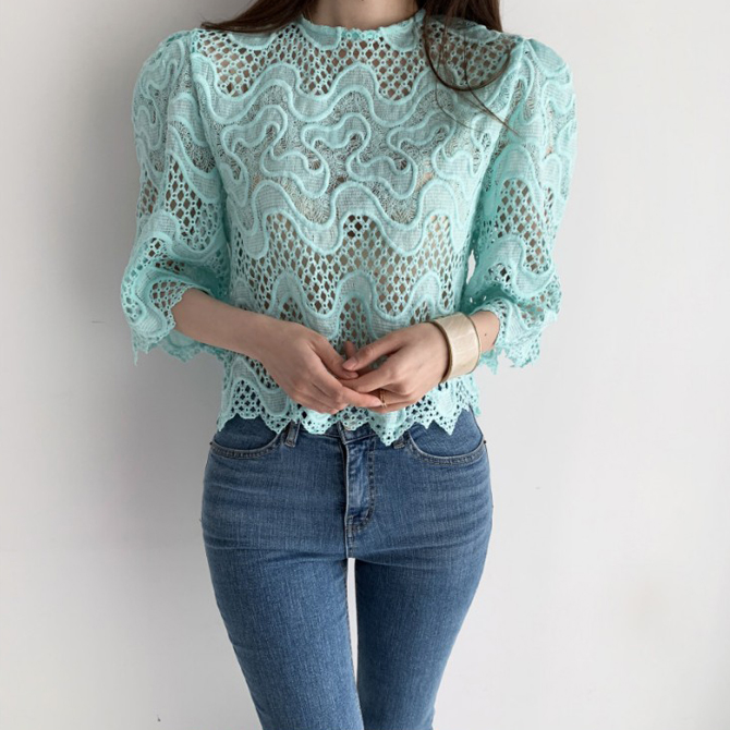 romantic wavy wavy lace blouse