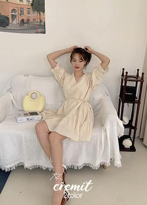 Cremit V-Neck ruffle strap linen mini Dress