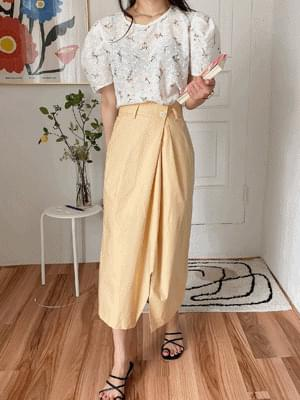 Cotton button pleated skirt