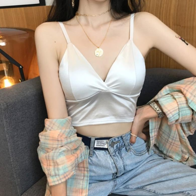 Soft Silky Chest Pad Thong Sleeveless Top