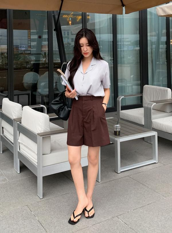 a pintuck shorts
