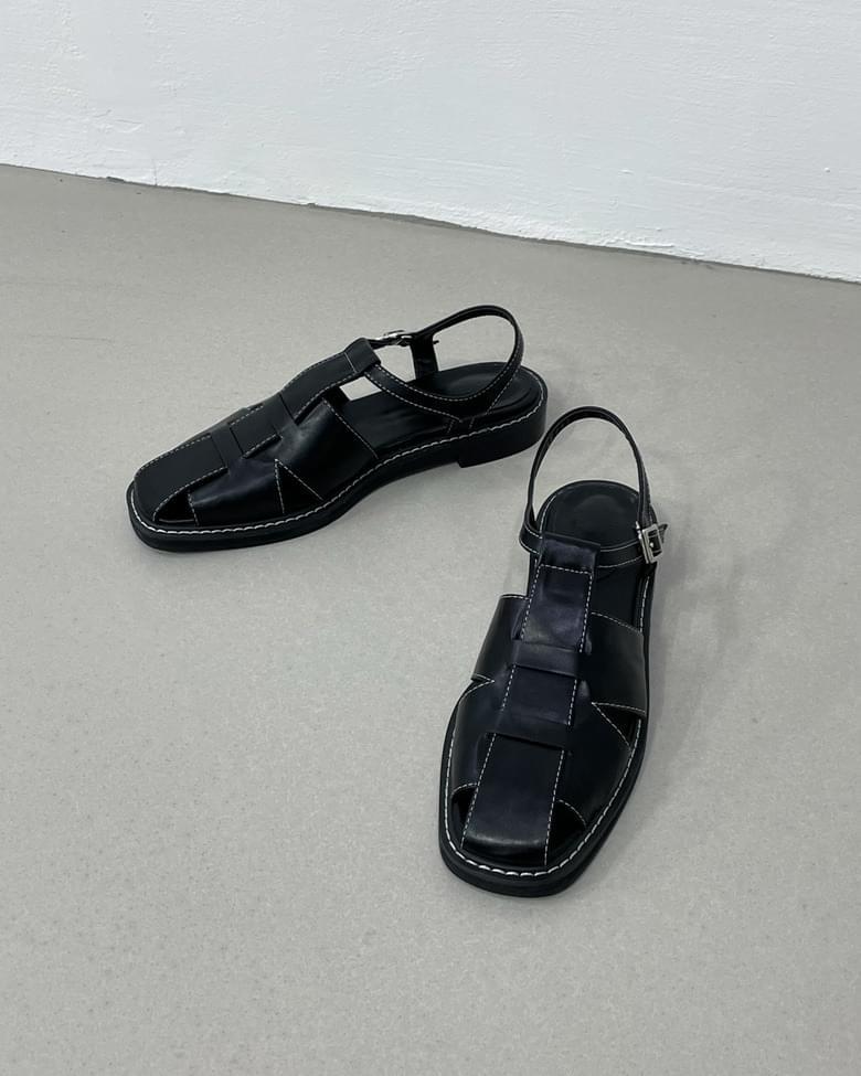 stitched gladi strap sandals