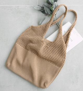 Knitwear Pompon Punched Shoulder Bag #85346