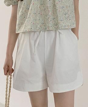 Title Cotton Short Pants