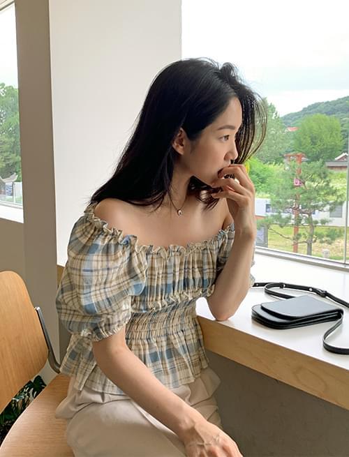 off shoulder frill check blouse