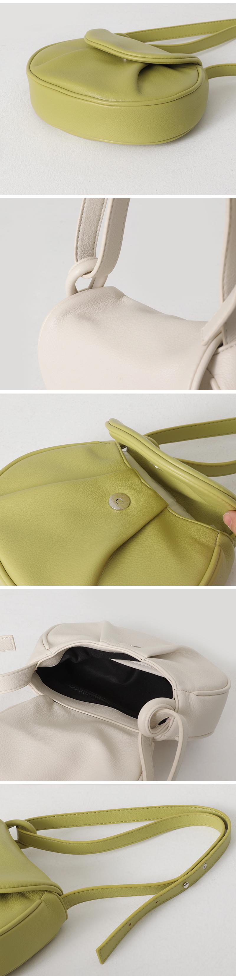 Bagel folder shoulder bag