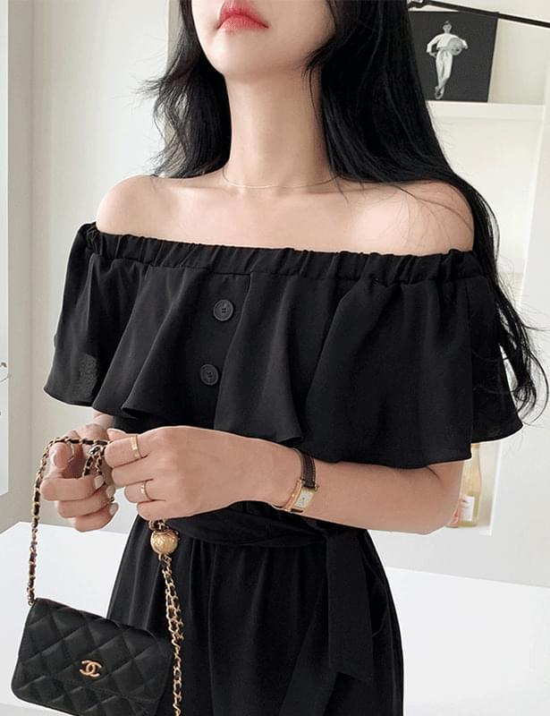 line silver necklace