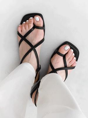 Square Outsole Toe Post Upper Strap Sandals 11019