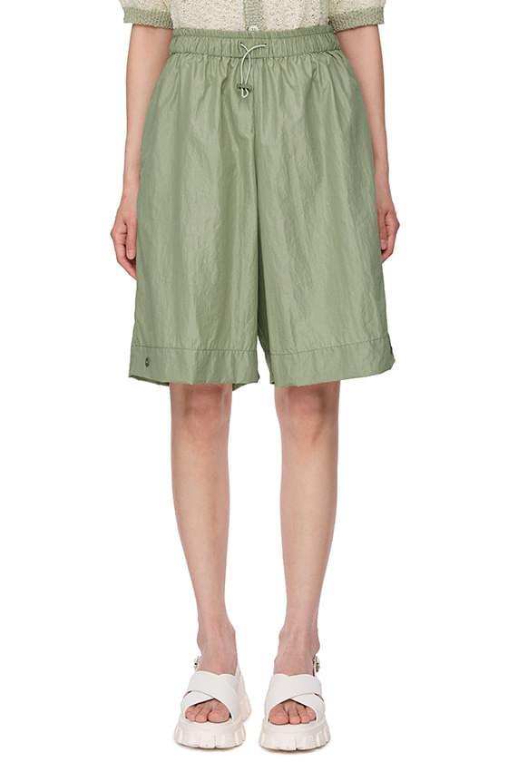 spark glossy shorts