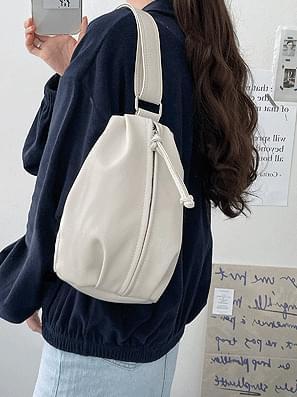 strap leather shoulder crossbody bag