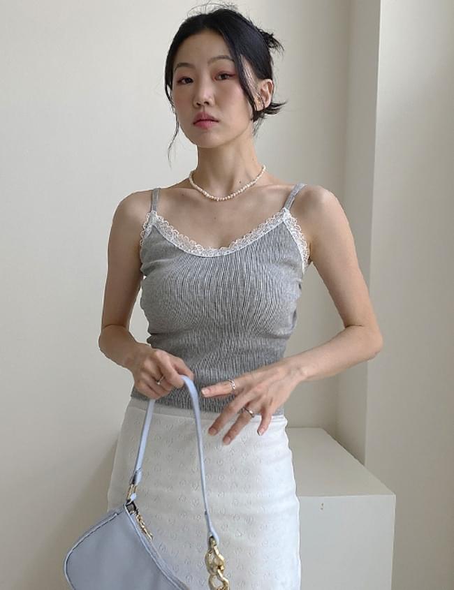 lace ruffle sleeveless