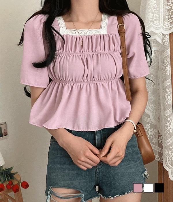 torsion lace smoke flare blouse