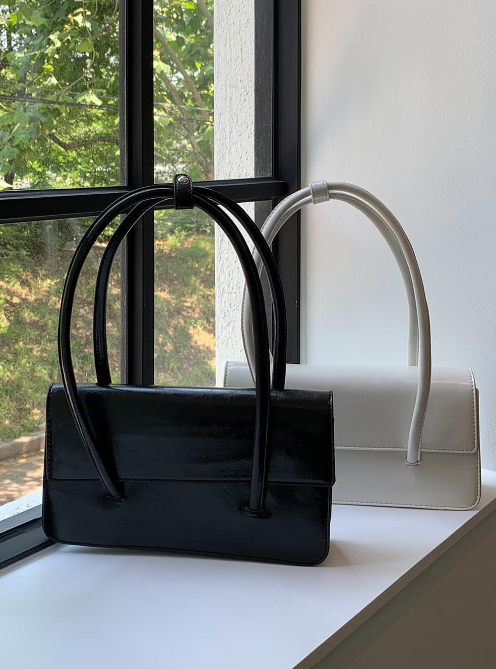 dorman square shoulder bag