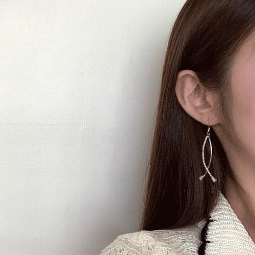 line actress earrings A#YW025