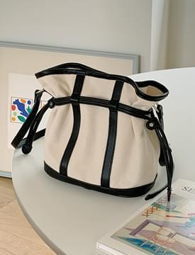 Mixed Leather Bucket Shoulder Bag