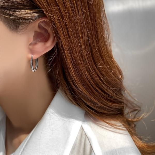 Long oval one-touch silver ring earrings