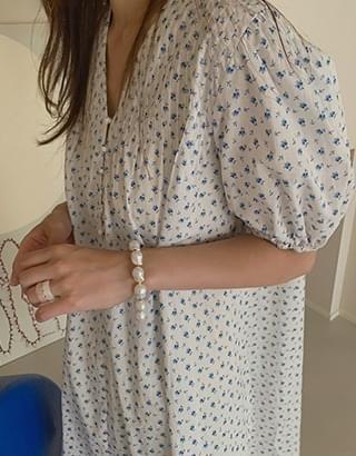 picnic pearl bracelet