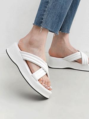 Volume cross strap whole heel slippers 9142