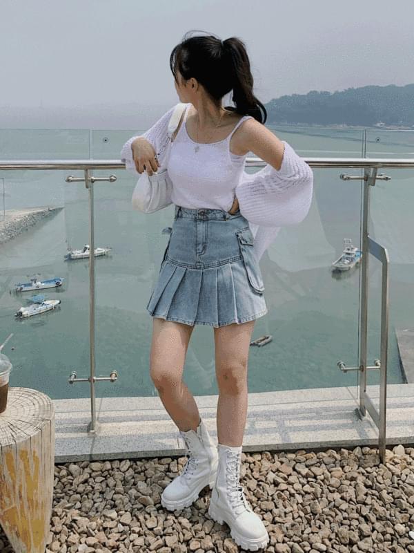 kitsch denim pleated skirt