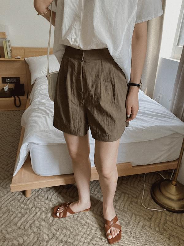 Kerneled Half Pants