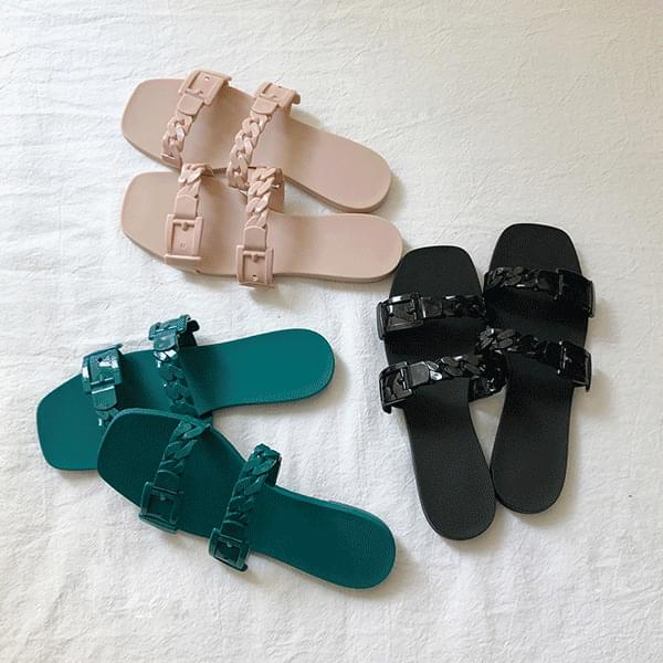 soft, chain jelly shoes
