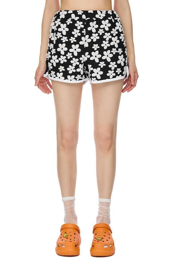 Hackney Deli flower shorts