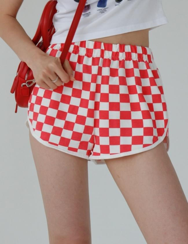 checkerboard training shorts