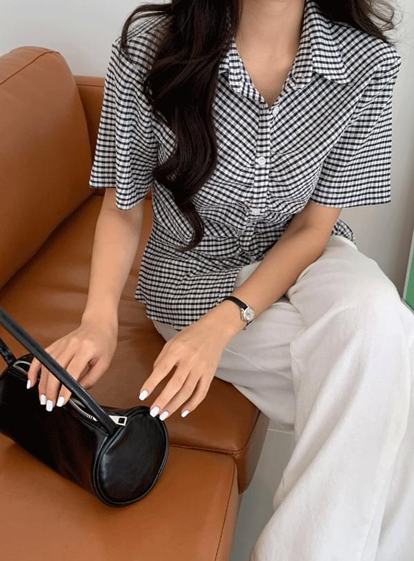 check shirring blouse