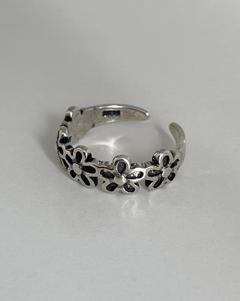 More Flower Antique Silver Ring Ring