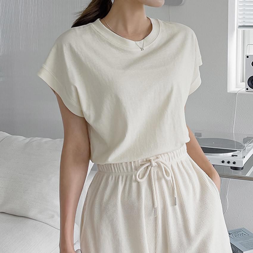 Soda Raglan Short Sleeve T-shirt
