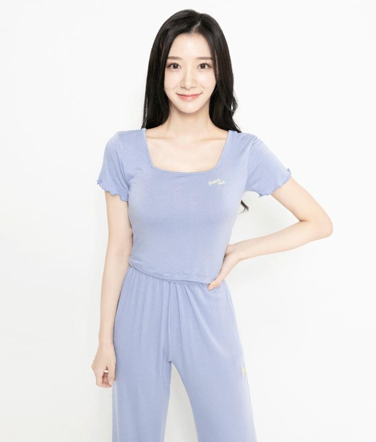 HEART CLUBEmbroidered Logo Square Neck Crop Top