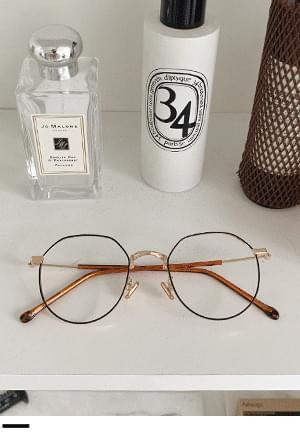 Normal metal glasses