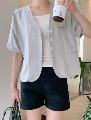 Days no-collar semi-crop jacket