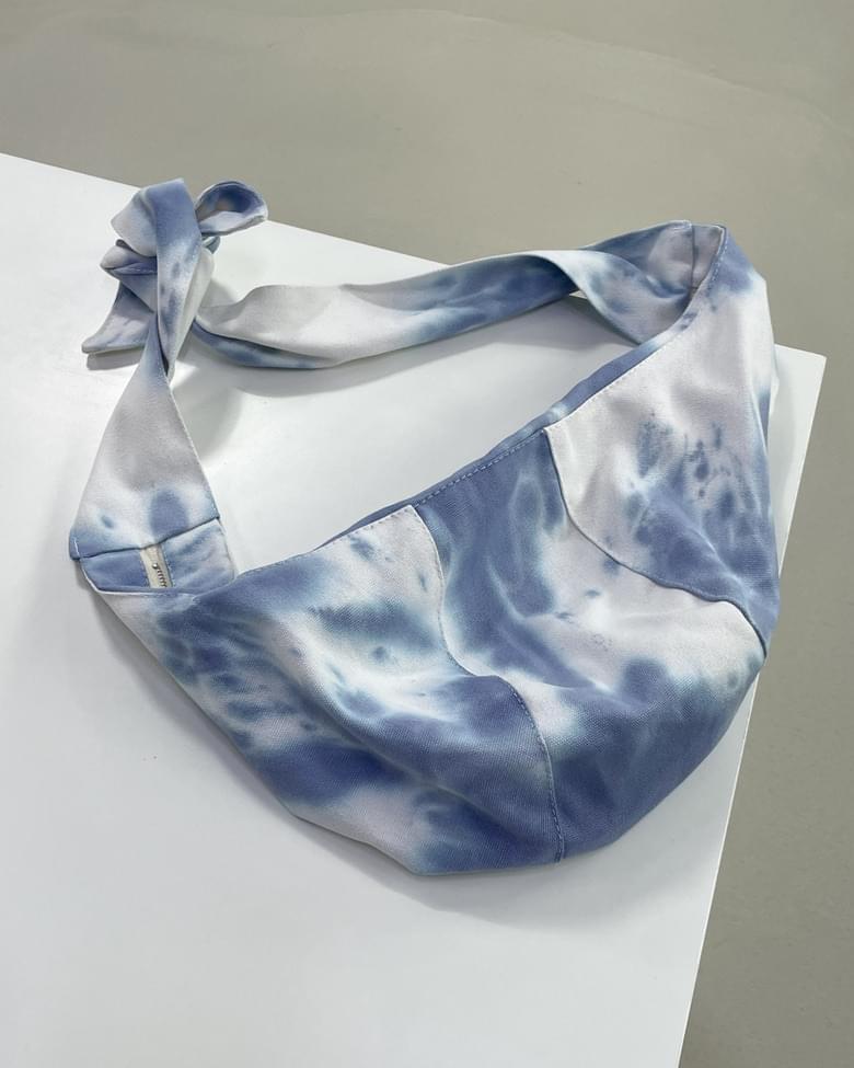 tie-dye crossbody bag
