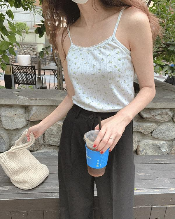 #Any place Flory Lace Sleeveless