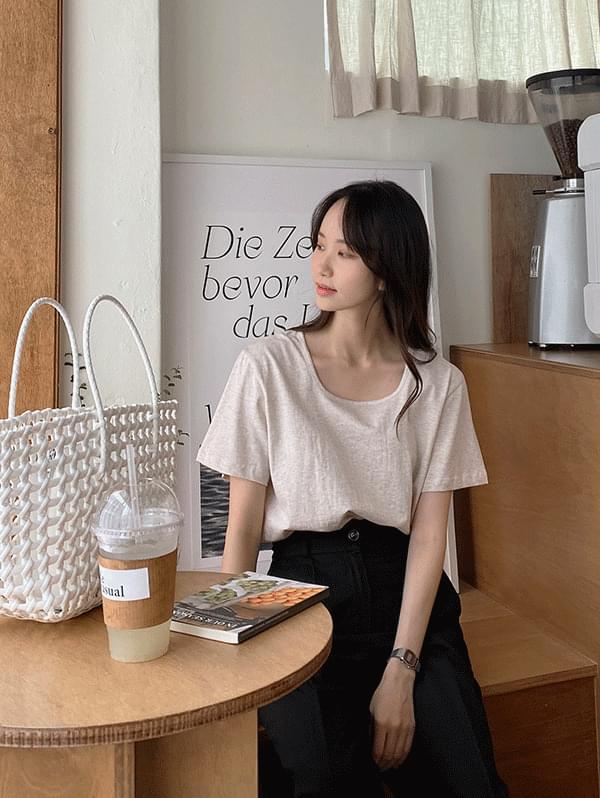 Fig Basic Square Neck Short Sleeve T-shirt