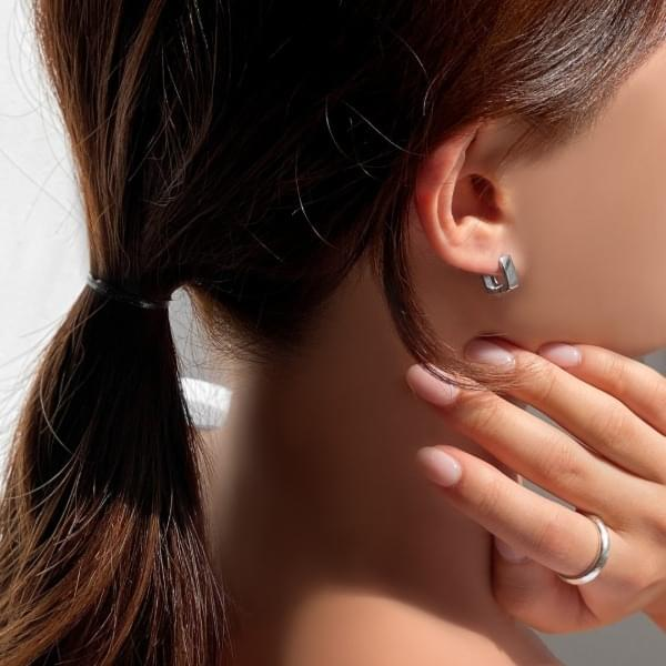 Mini square U-shaped one-touch ring earrings