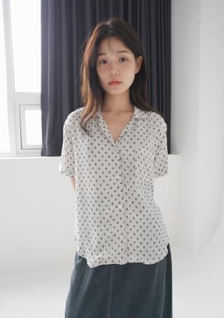 vintage pattern half shirts