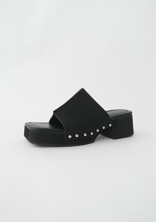 side stud sandal heels