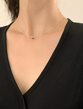 simple mini cubic necklace