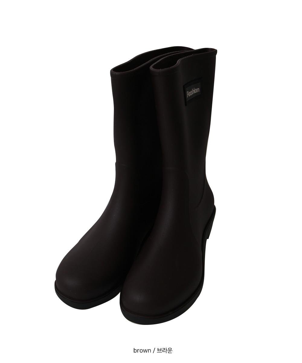barbie middle rain boots