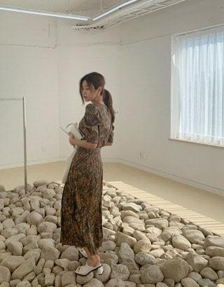 sale) Jennifer Flower Pleated Skirt
