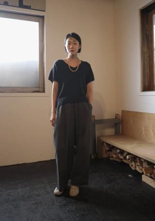 kuro V-neck knit