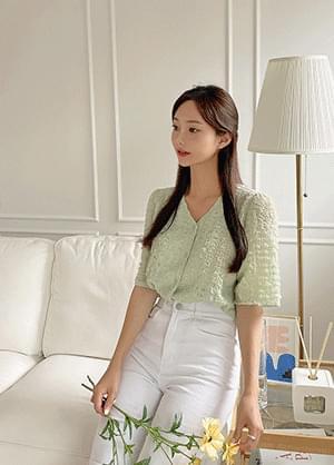 Bellidue see-through wrinkle V-Neck blouse