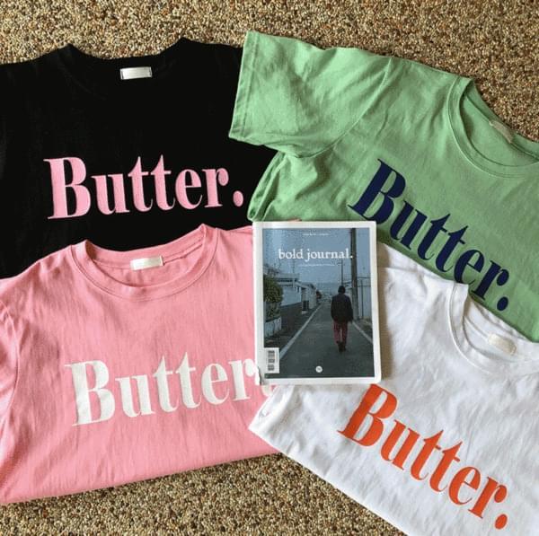 ボクシーフィット、バター半袖Tシャツ